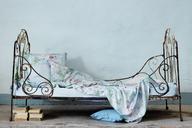 NAOMI in `bleu´ ist als Jersey- oder Satinbettwäsche erhältlich