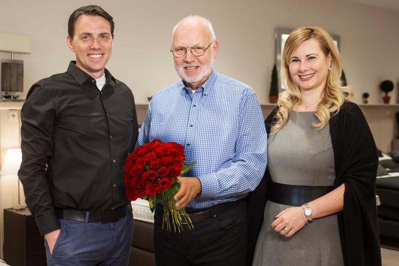 Zum 50 jährigen Jubiläum gratulieren Nadine & Christian Kramer im Namen des gesamten Betten Kramer-Teams